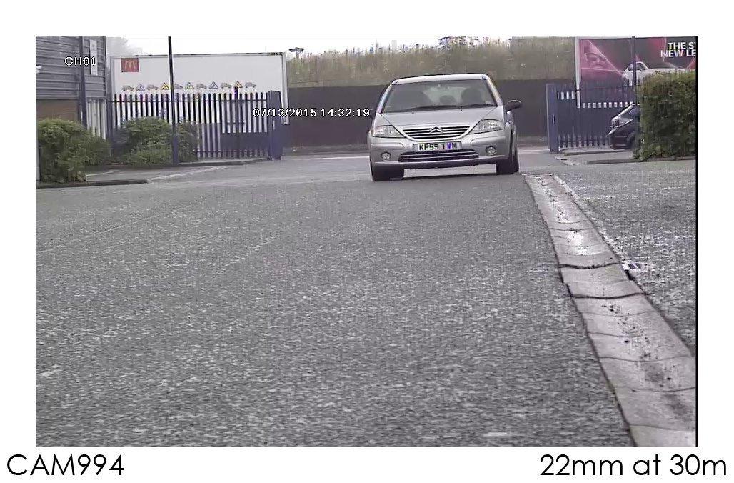 voorbeeld 1000TVL bewakingscamera kenteken lezen